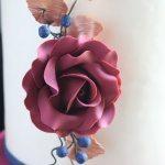 burgundy and rose gold wedding cake sugar flowers